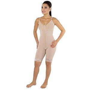 CONFORT - Modelador com busto, pernas 1/2 coxa, abertura frontal e alça fina