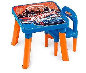 Mesa Com Cadeira Hot Wheels Barão - Infantil