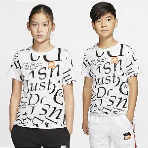 Camiseta Nike Sportswear Infantil - Unissex
