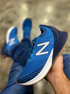 Tênis New Balance Fuelcell Echo Masculino Azul - MFCECOB