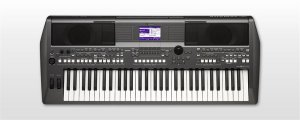 Teclado Yamaha PSR-S670