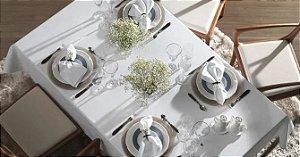 Toalha de Mesa Sienna Branca Quadrada 8 Lugares - Karsten