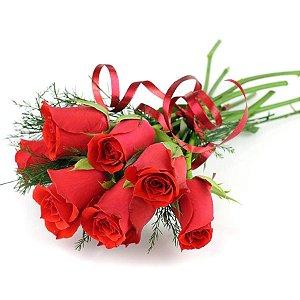 Buquê de Rosas Vermelhas com 08 Botões Especial