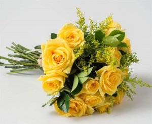 Buquê de Noiva Rosas Amarelo Claro e Tango