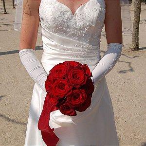 Buquê de Noiva 18 Rosas Colombianas Importadas