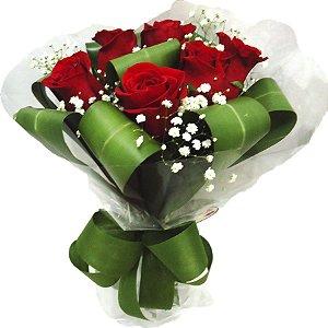 Buquê Flores Naturais com 06 Rosas Vermelhas Romântico