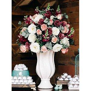 Itens necessários para um Arranjo Delicado de Flores Claras