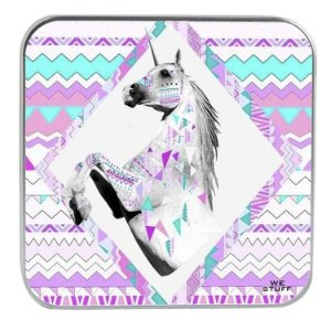 "CARREGADOR PORTATIL ""POWERBANK"" STYLE UNICORNIO COM 7.800 mAh"