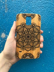 "Capa para Celular ""Case"" Mandala Preta Bambu Samsung"