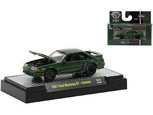 Pré venda -  1987 Ford Mustang GT Custom Semi-Gloss Green with Black Stripes.