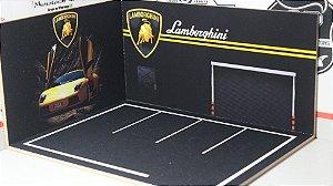 Diorama Lamborghini - 1/64 - MDF