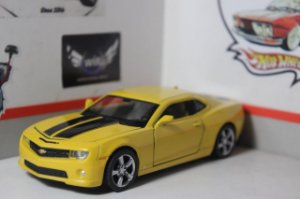 Chevrolet Camaro - 1/32