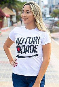 Camiseta Casual Autoridade Feminina