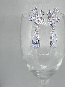 Brinco Flores em Cristal
