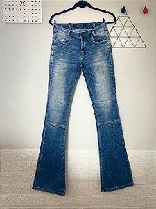 Calça Jeans Flare Opera Rock
