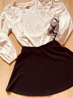 Blusa Zara com Bordado nos Ombros