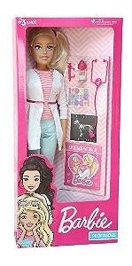 Boneca Barbie Veterinaria 65cm Com Acessorios Pupee 1262