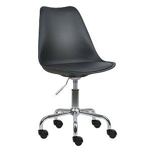Cadeira Preta New Soft Office em PP/PU