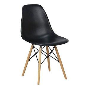 Cadeira Preta Charles Eames Wood Dsw em PP