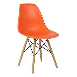 Cadeira Laranja Charles Eames Wood Dsw em PP
