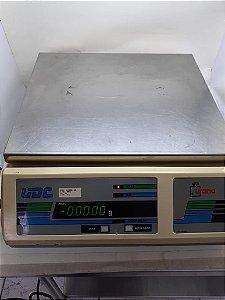 BALANÇA URANO MODELO UDC 3000 CAPACIDADE 30KG x 10g (REVITALIZADA)