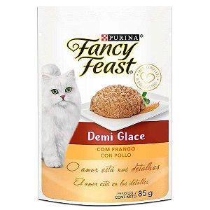 Ração Úmida Fancy Feast Sachê Gatos Adultos Demi Glace Sabor Frango 85g - Purina