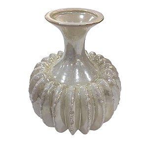 Vaso Decorativo Detalhado em Cerâmica 25cm - Branco Perola