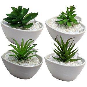 Conjunto com 4 Vasos Coração Branco com Plantinha