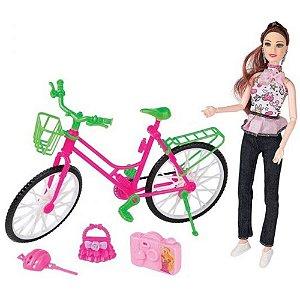 Boneca Lucy Esportiva com Bicicleta e Acessórios