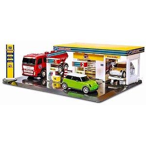 Mini Posto de Gasolina com 3 Carros Poliposto Infantil