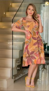 vestido em crepe estampa exclusiva
