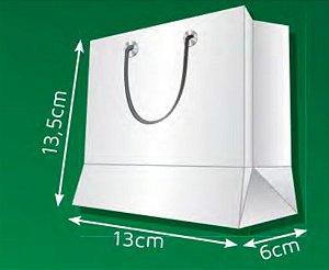 Sacola de Papel PM - (LxAxP) 13 x 13,5 x 6 cm
