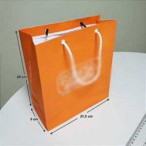 Sacola de Papel - (LxAxP) 21,5 x 24 x 9 cm