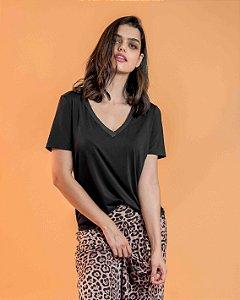 Camiseta Camile Preto