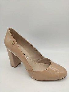 Sapato Salto Grosso Verniz Loucos & Santos Bege