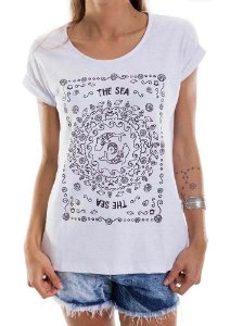 Blusa babylook branca estampa the sea