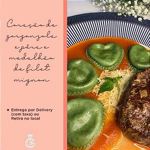 DIA DOS NAMORADOS - Coração de Gorgonzola com Medalhão de Filet Mignon para 2 Pessoas - Entrega dia 12/06/2021