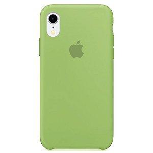Case Capinha Verde para iPhone XR de Silicone - 93AVUUNHQ