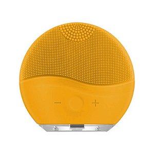 Esponja Para Limpeza Facial e Massageador Eletrico - Amarela
