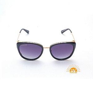 Óculos de Sol Feminino Oval e detalhe Lateral em Dourado