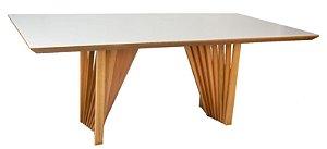 Mesa de jantar com 1,60 x 1,00 Total em madeira Castanho com canto moeda ( Exclusivo Valmor)