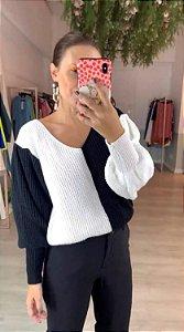 Blusa de Tricot Preta e Branca