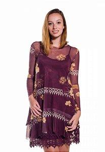 Vestido de Tule Cleo Milani Uva com Estampa de Flores Douradas