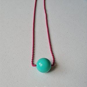Colar de corrente de bolinha pink com bola verde