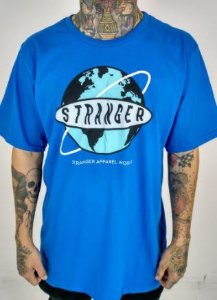 Camiseta stranger apparel world azul