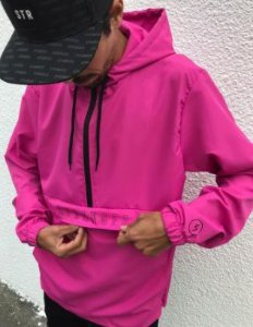 Corta vento stranger anorak rosa