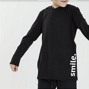 Camiseta unissex com capuz