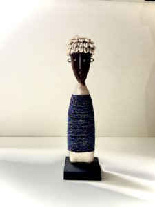 Boneca Nandji Azul Feminina Baka Studio