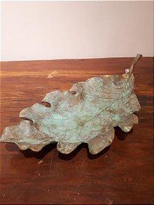 Bandeja e Fruteira metal Folha P cobre e verde 13x55x26cm