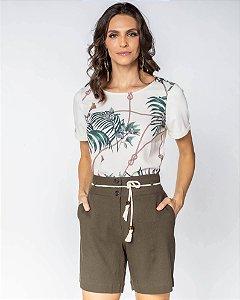 Camiseta estampa folhagens cru